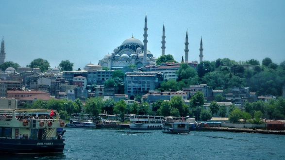 Cruising the Golden Horn